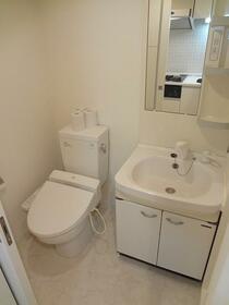 レジディア虎ノ門 1004号室のトイレ