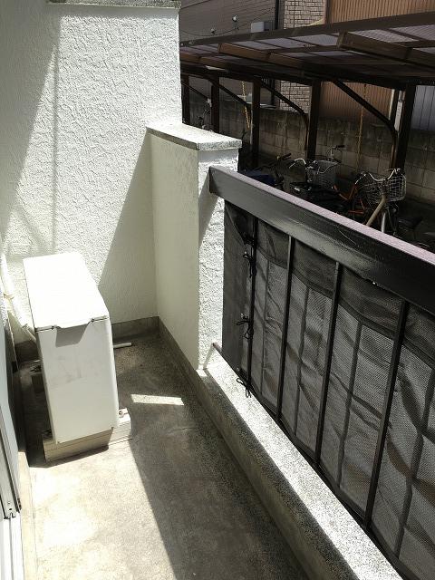 神明富士美マンション 103号室のバルコニー