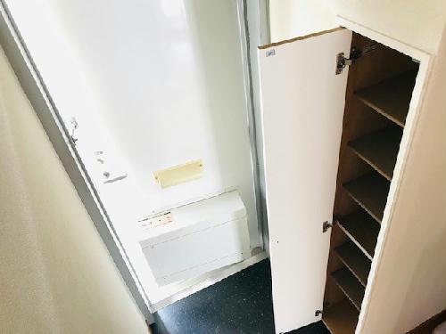 レオパレスアゼリアK 104号室の収納