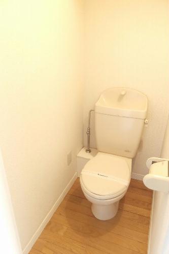 レオパレスさんらいず 207号室のトイレ