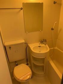 ハウス・オブ・パレ 406号室の風呂