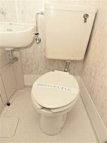 ピアニシオン ブローニュ クレスト 0508号室の洗面所