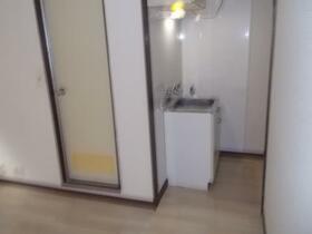 ヴェール ノヴァ 0102号室のキッチン