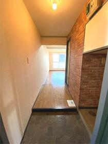 ノア座間 105号室の玄関
