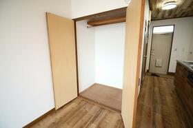 ステーションプラザ 206号室の玄関