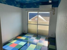 松風マンション 303号室のリビング