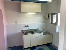松風マンション 303号室のキッチン