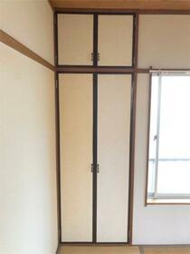 メゾンプラシード 201号室の収納