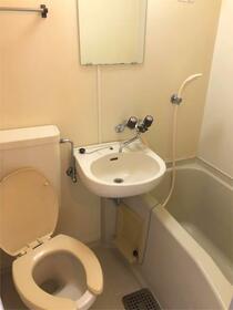 メゾンプラシード 201号室の風呂