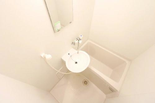 レオパレスグラン ビュイッソン 202号室の風呂