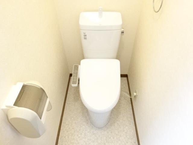 サン・コート麦野 102号室のトイレ