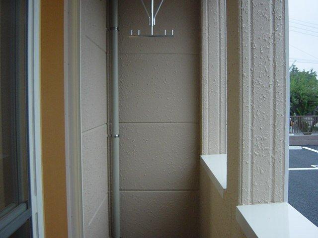 ロジュマン・K&K 101号室のバルコニー