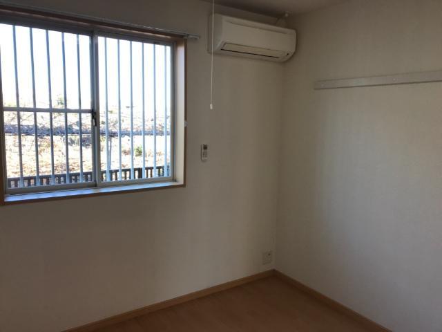 ロジュマン・K&K 101号室の居室