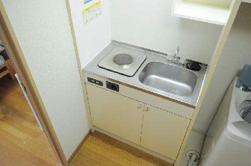 レオパレス藤 108号室のキッチン