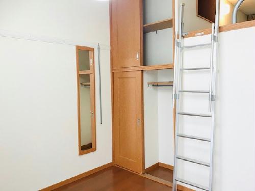 レオパレスラーク取手 105号室の収納