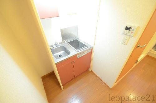 レオパレスマロンハイツ 203号室のキッチン