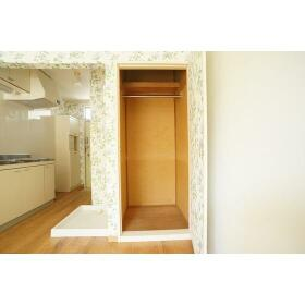 山仁ハイツ 205号室の収納