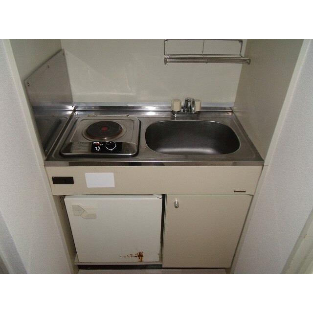 プレール椎名町 303号室のキッチン