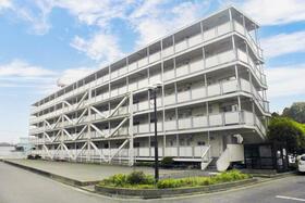 ビレッジハウス菅田4号棟の外観