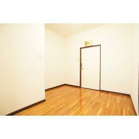 ミユキハイツ 203号室のリビング