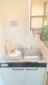 サカイハイツV 207号室のキッチン