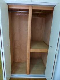 サカイハイツV 207号室の収納