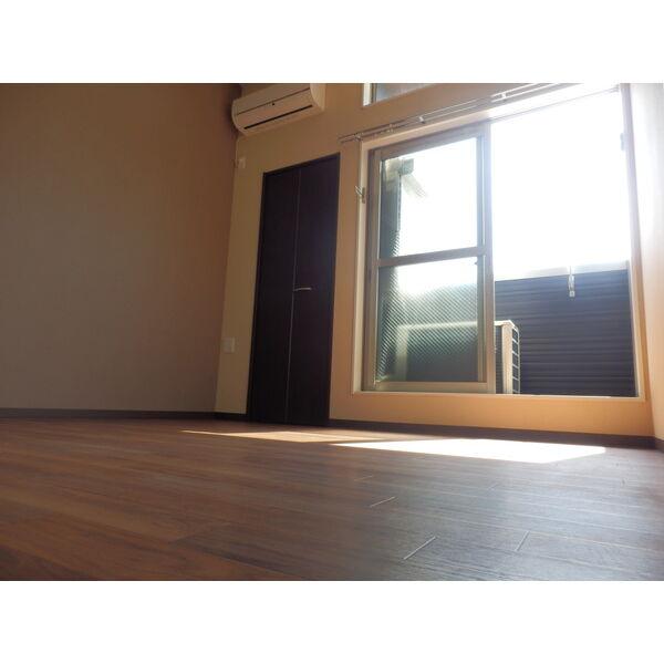 Creo中村日赤 203号室の居室