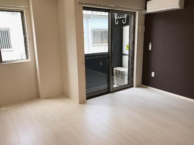 リヴィエール南別府 105号室の収納