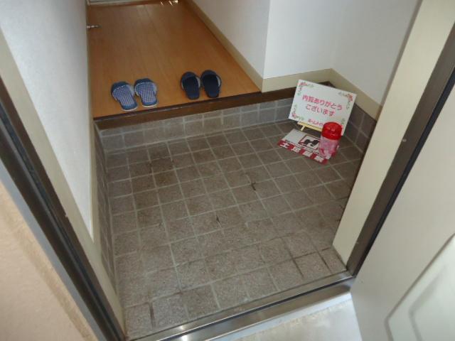 ミロワール 00102号室の収納