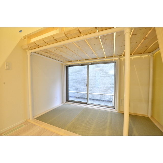 グランエッグス高井戸 04号室のバルコニー