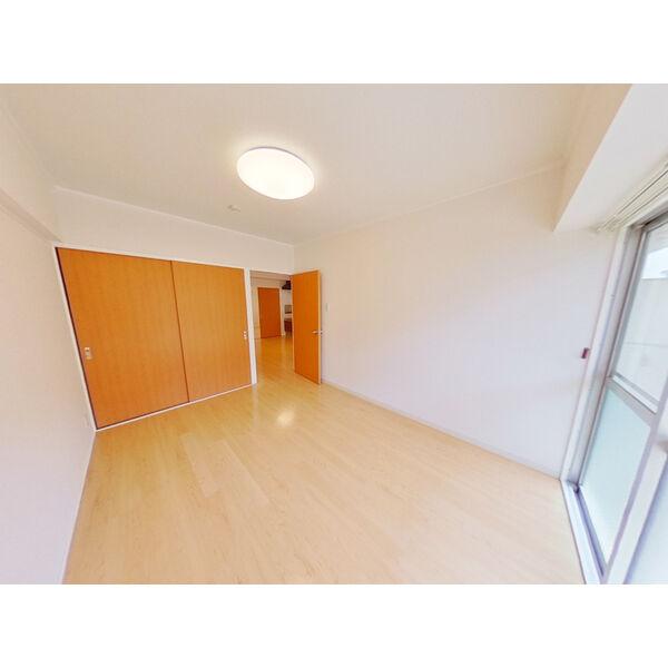 第3ヒルハイツ桃山 105号室の居室