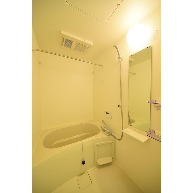 グランエッグス池袋要町 01号室の風呂