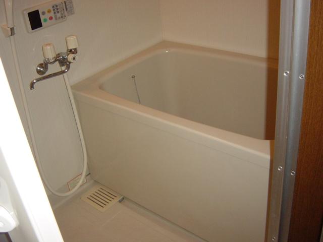 コロナハイツ 202号室の風呂