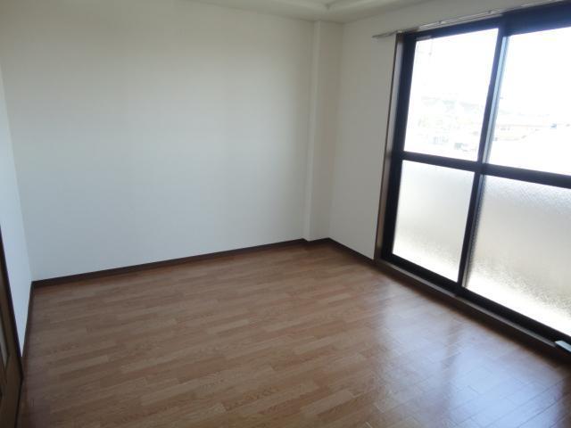 コロナハイツ 202号室のベッドルーム