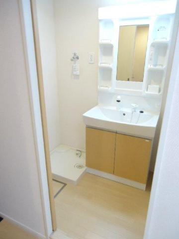 Louange 506号室の洗面所