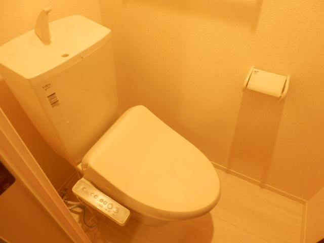 エスタシア光 00205号室のトイレ