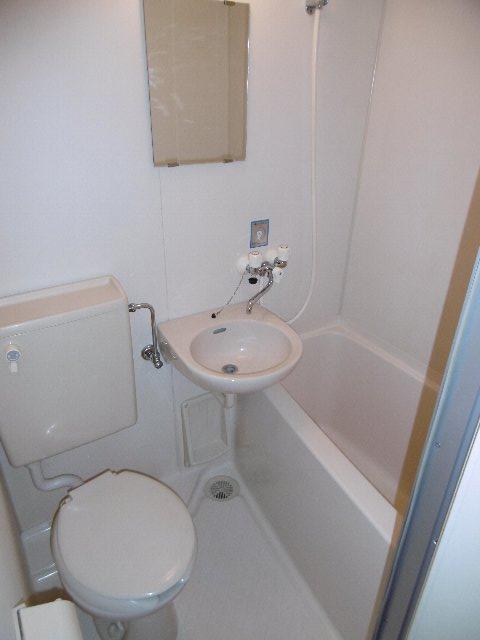 ドーム桜山 7A号室の風呂