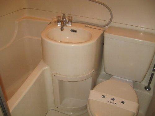 ファミーユ池谷 203号室の風呂