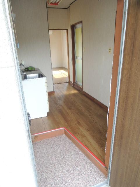 カワイハイツ 307号室の玄関