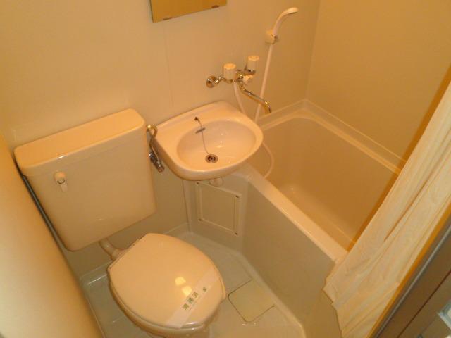 かんまつ728ハイツ 321号室の風呂