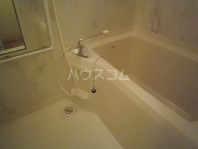 エクセレントハイム 102号室の風呂