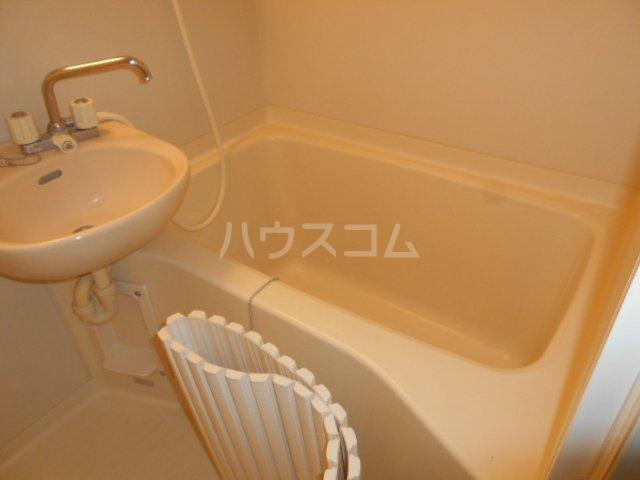 エクレール相原A 206号室の風呂