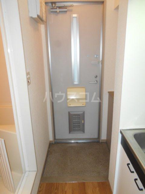 エクレール相原A 206号室の玄関
