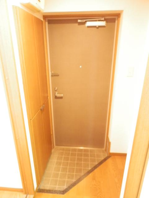 グローバル錦Ⅱ 305号室の玄関