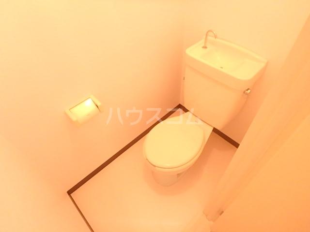 エスポワール 104号室のトイレ