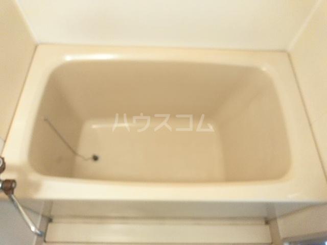 クローバーハイツ 202号室の風呂