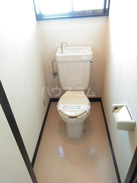 クローバーハイツ 202号室のトイレ