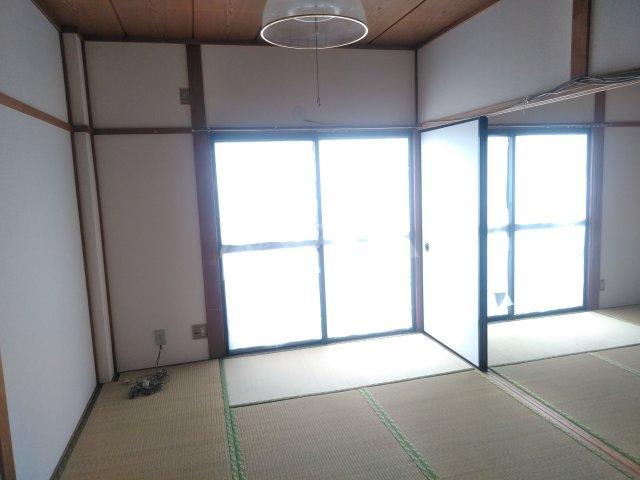 サンコーポ小倉C 206号室の居室