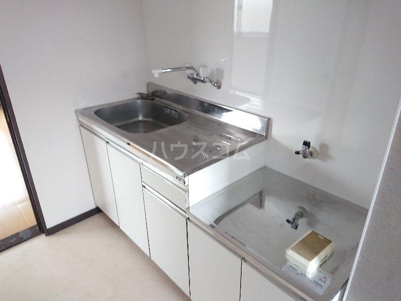 コンフォート M 201号室のキッチン