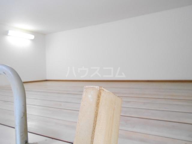 ルーブル豊町 104号室の居室